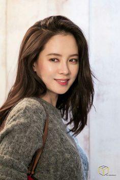 Running Man Korean, Ji Hyo Running Man, Korean Beauty, Asian Beauty, Lovely Girl Image, Asian Hair, How To Pose, Korean Celebrities, Girl Day