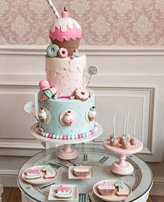 Candy Theme Birthday Party, Baby First Birthday Cake, Candy Birthday Cakes, Princess Birthday Party Decorations, Donut Birthday Parties, Candy Cakes, Birthday Cake Girls, Candy Party, Girly Cakes