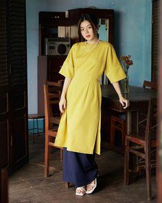 Vietnamese Clothing, Indian Suits, Ao Dai, Tweed, Chiffon, Shirt Dress, How To Wear, Shirts, Clothes
