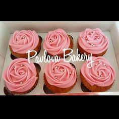 Orange and poppy seeds cupcake