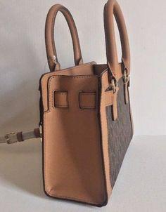 1096 best women s boots shoes bags images on pinterest handbags rh pinterest com