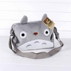 Hace tiempo que nos declaramos fans de Totoro, no lo podemos evitar. Este personaje de los Estudios Ghibli es tan grande como adorable, por eso le hicieron