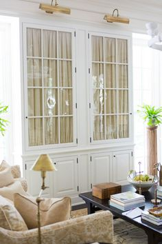 SOUTHERN LIVING - Mark D. Sikes: Chic People, Glamorous Places, Stylish Things