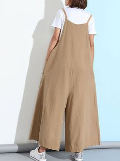 Loose Casual Women Pure Color Wide-Leg Overalls With Pocket - Banggood Mobile Skirt Outfits, New Outfits, Jumpsuits For Women, Fashion Jumpsuits, Plus Size Jumpsuit, Minimal Outfit, Fashion Line, Color Fashion, Wide Leg