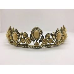 Vintage #MariaElenaHeadpieces Crown .. What do you think of this #AntiqueGold Beauty?