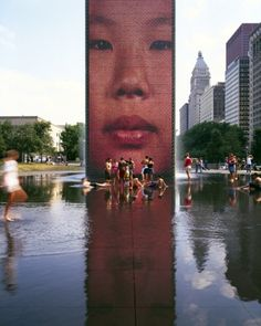 Chicago. The Crown Fountain by Krueck & Sexton Architects at the Millenium Park.
