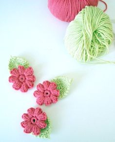 crochet flowers - cute and a little different