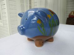MINT, Hand-Painted, Glazed Ceramic Piggy Bank w/Stopper Tii Collections