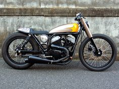 And an other brilliant little custom from Wedge. This is a YAMAHA Yamaha Motorcycles, Cars And Motorcycles, Bike Friday, Bubbles, Wedges, Classic Motorcycle, Motorcycles, Motorbikes, Yamaha Motorbikes