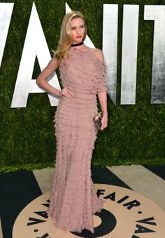 Rosie Huntington-Whiteley in Valentino (Fall 2012 Couture) at the Vanity Fair Oscar Party in 2013.