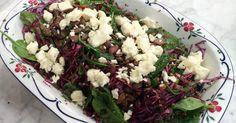 Sébastien Boudets fräscha sallad med groddade bönor, lättkokta baljväxter, grönsallad, getost och örter.