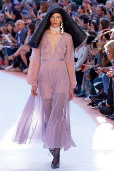 Missoni Milao - Verao 2018 foto: FOTOSITE Fashion Oops, Star Fashion, Fashion Beauty, Girl Fashion, Fashion Images, Fashion Models, Fashion Show, Glam Dresses, Women's Fashion Dresses