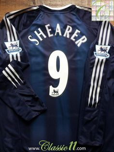 Relive Alan Shearer's 2004/2005 Premier League season with this vintage Adidas Newcastle United away long sleeve football shirt.