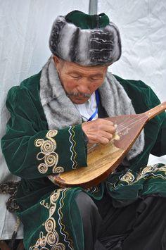 Kazakh Musician . Mongolia