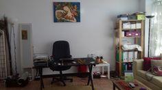 """""""Θήτα Χώρος"""" είναι η εταιρία και ο τόπος που δημιούργησε η Μαρία Τελίδου για να προάγει το πνεύμα και την φιλοσοφία της Μεθόδου Θήτα – ThetaHealing®. Είναι ένας τόπος όπου θα στεγάζει τα σεμινάρια και τις συνεδρίες της Μεθόδου Θήτα. Corner Desk, Furniture, Home Decor, Corner Table, Decoration Home, Room Decor, Home Furnishings, Home Interior Design, Home Decoration"""