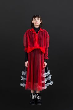 "NOA RAVIV Fall'17 RTW. ~ Tho I truly, couldn't say –EXACTLY, JUST WHY IT IS… I'M actually, QUITE DRAWN TO THIS LOOK! It's really odd because, THO I am 1,000% CERTAIN of the FACT that—I would NEVER EVER (FOR ANY REASON, WHATSOEVER), wear it! YET, I'M STILL, INTRIGUED BY IT!!! I suspect it has something, to do with my being, SUCH a ""TREE""~PERSON! I'm just simply, not able to gather it up—into some type of order, yet (where's a good, ""FOREST""~PERSON, when I need ONE—LOL), jk!"
