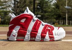 Nike Air More Uptempo 414962 100 Chicago Bulls Retro 2016 Pippen Red White Sz 8 #Nike #BasketballShoes
