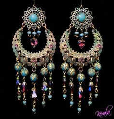 What a beautiful pair of Chandeliers