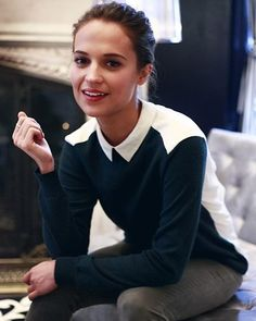 (Alicia Vikander) Hello, my name is Seraphina, but call me Sera for short. I'm 18 years old and the daughter of Belle, and many people say that I bear a strong resemblance to her. I do enjoy reading, but I'm also known for being very adventurous, and I love to try new things. Anyways, introduce?