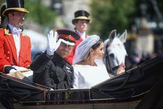 19-05-2018 - Windsor UK - British Prince Harry and north-American actress Meghan Markle wave to fans after they officially got marry at St. Georges Chapel in Windsor - Photo: Erica Dezonne / i-Images