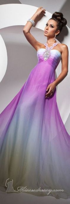 Tony Bowls couture ~ I like this and want to wear it for New Year's Eve .