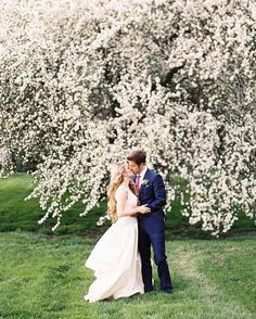 After enjoying glasses of wine in their first few moments as newlyweds, Nikki and Kiff took portraits on the Edsel and Eleanor Ford House's lawn following the ceremony.
