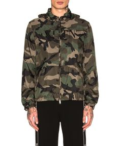 Men's Designer Sales Spring/Summer 2019 James Cameron, George Patton, Christopher Robin, Latest Clothing Trends, Latest Trends, Bruce Lee, Max Lucado, Classic Outfits, Trendy Outfits