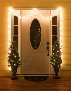 Garland Lights – Garland Outdoor Lights Garland Christmas Outdoor Lights Garland String Lights 18 Ft 600 Lights Clear Lights on White Wire * See the image web link more details. (This is an affiliate link). Front Door Christmas Decorations, Decorating With Christmas Lights, Christmas Porch, Modern Christmas, Outdoor Christmas, Porch Decorating, Christmas Holidays, Decorating Ideas, Outdoor Decorations