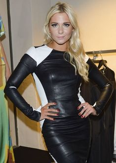 Black and white long sleeve leather dress Sexy Outfits, Curvy Outfits, Short Outfits, Sexy Dresses, Leather Dresses, Leather Fashion, Sexy Women, Womens Fashion, Clothes