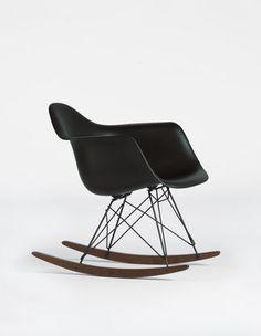 Eames Plastic Chair basic dark_web