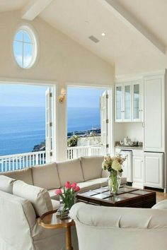 Open doors to sea breeze air and balcony and ocean view!