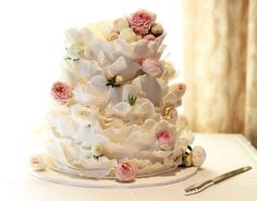 Rustic/vintage ruffle white chocolate wedding cake