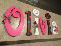 Colgante Letras infantiles, letras infantiles, bebé niña vivero cartas, Letras de pared del cuarto de niños, decoración cuarto de niños