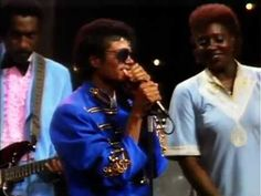 James Brown - It's a Man's World (feat Michael Jackson) - YouTube