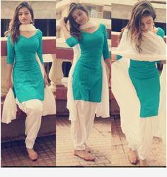 Punjabi Girl in Summer Patiala Salwar KameezIndian Beauty Summer Green Un-Stitched Free Length DressDazzling Indian Models in Saree- Best Photo Gallery Online! Patiala Suit Designs, Kurta Designs Women, Kurti Designs Party Wear, Blouse Designs, Salwar Designs, Dress Indian Style, Indian Fashion Dresses, Indian Outfits, Indian Wear