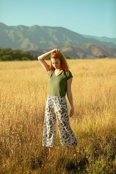 ethical eco USA MADE fashion for yoga & sleepwear - Sleep Dress 👗 Sleep Dress, Sleep Pants, Pj Pants, Big Fashion, Womens Fashion, Fashion Usa, Vegan Fashion, Wide Leg Cropped Pants, Autumn Street Style
