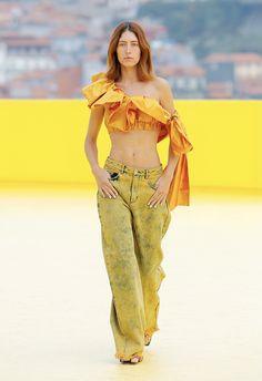 Crop Tops, Pants, Dresses, Fashion, Gowns, Moda, Trousers, Fashion Styles, Women Pants