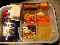 This mom makes the most creative kid lunches, not sure I have that kind of time and I have a super picky eater but I'm gonna try some of these ideas for sure