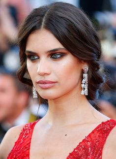 Cannes Film Festival Best Jewelry Moments Sara Sampaio at the Ismael's Ghosts Premiere paired her plunging crimson Zuhair Murad Couture ballgown with diamond chandeliers.