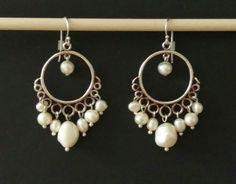 My earrings collection / Mi colección de zarcillos