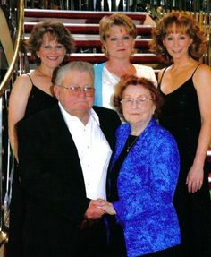 reba family cruise...This is a lovely family photo...
