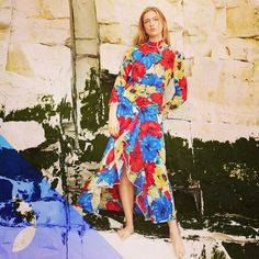 Let the sun shine 🌞🌞🌞 Rixo London, Sun Shine, Famous Brands, Wrap Dress, Boutique, Contemporary, Shopping, Dresses, Fashion