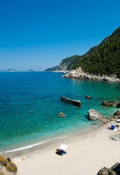 Agios Ioannis beach, Skopelos, Greece - where Shirley Valentine was filmed Beautiful Islands, Beautiful Beaches, Dream Vacations, Vacation Spots, Skopelos Greece, Skiathos, Agios Ioannis Beach, Places To Travel, Places To See