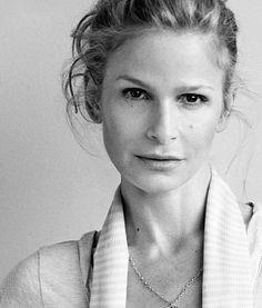 Icon - Love Kyra Sedgwick