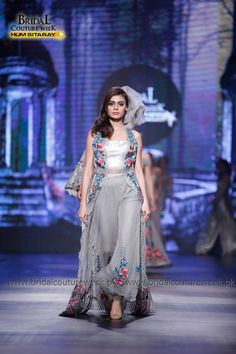 Saadia Mirza's-collection-at-bridal-couture-week-18