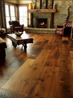 Flooring - antique oak living (could be laminate....either way, a beaute!)