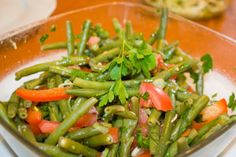 Griekse boontjes -Manzjare Veggie Dishes, Greek Recipes, Seaweed Salad, Green Beans, Healthy Recipes, Healthy Food, Bbq, Food And Drink, Vegetables