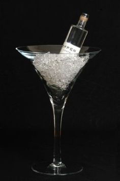 Giant Martini Glass Centerpiece Ideas Large Martini Glass Vase I D Throw A Party With This