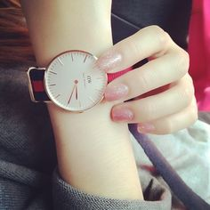 What a wonderful wacth pink sparkly nails, pink nail, fashion watches, hand pictures Stylish Watches For Girls, Stylish Girl Pic, Trendy Watches, Hand Pictures, Girly Pictures, Couple Pictures, Jewelry Stores Near Me, Jewelry Shop, Jewellery