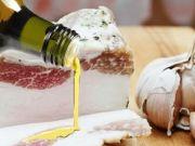 Slanina je užitečnější než olivový olej! Vědci prozradili, že je to protože… Caramel Apples, Grapefruit, Camembert Cheese, Pudding, Ale, Health, Desserts, Food, Tailgate Desserts